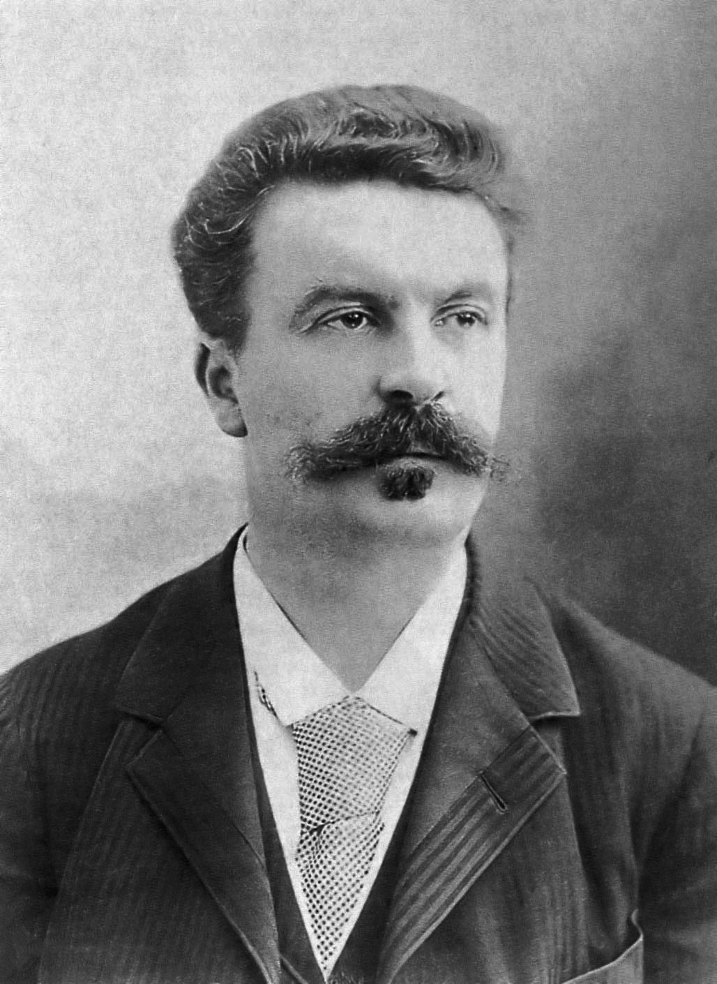 guy-de-maupassant-fotograferad-av-f-lix-nadar-1888.jpg